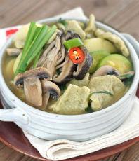된장 수제비:쌀쌀한 날씨에 어울리는 한 그릇